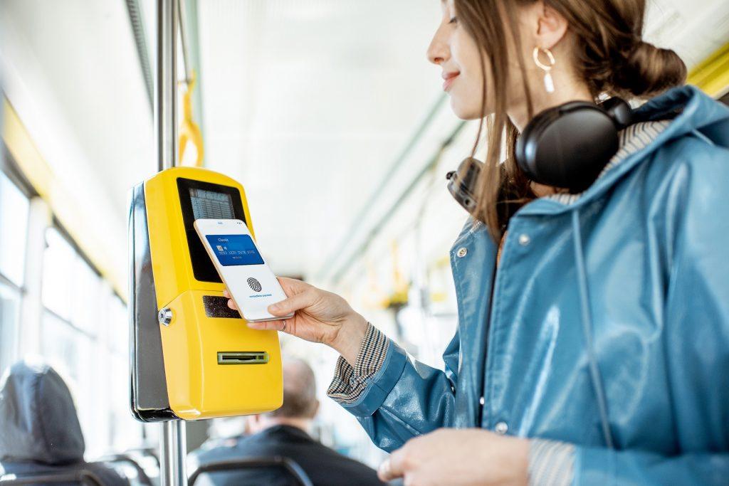 搭捷運、公車用嗶的!悠遊卡推「悠遊付」2020年開放,新功能搶先看