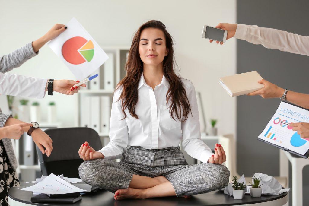 【大人學】上班前幾年,用這三點熬過職場困境,提升自己最大價值!