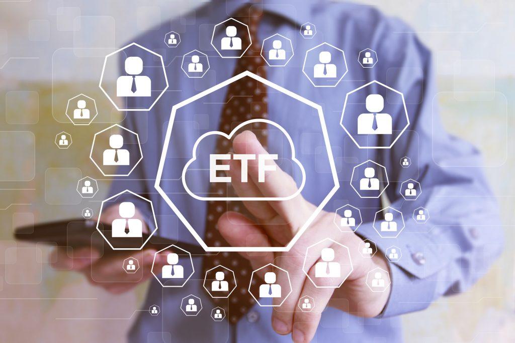 全台99萬股民持有ETF,年輕人最愛買!為何說它其實也算「主動投資」?