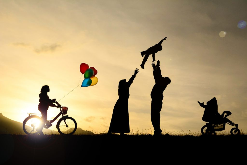 【經濟越自由,你會感到更快活】美國心理專家:理財與幸福感的 4 個關係